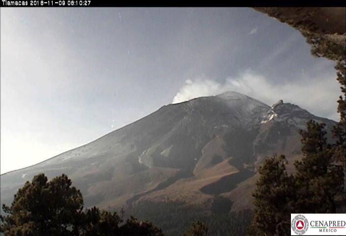 En las últimas 24 horas, por medio de los sistemas de monitoreo del volcán Popocatépetl, se identificaron 223 exhalaciones acompañadas de vapor de agua, gas y ligeras cantidades de ceniza