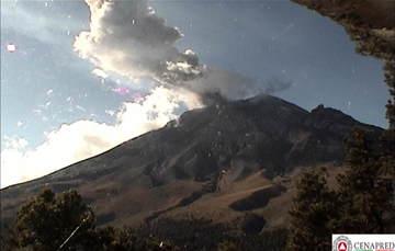 En las últimas 24 horas, por medio de los sistemas de monitoreo del volcán Popocatépetl, se identificaron 194 exhalaciones acompañadas de vapor de agua, gas y ligeras cantidades de ceniza.