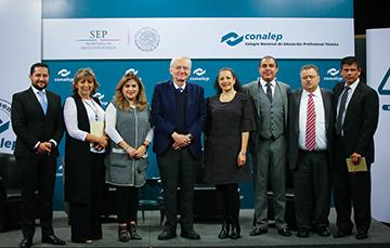 Dr. Manuel Peimbert Sierra, reconocido astrónomo mexicano, dirige Conferencia Magistral a la Comunidad CONALEP