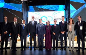 El Presidente de México, Enrique Peña Nieto, participó en la fotografía oficial de los Jefes de Estado y de Gobierno participantes en la XXVI Cumbre Iberoamericana.