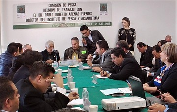 Dr. Pablo Arenas con Diputados