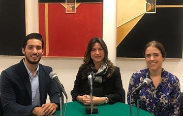 Ricardo Smith, Natalia Saltalamacchia, y Camila Barragán