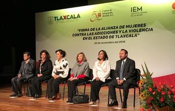 Firma de Alianza de Mujeres contra las Adicciones y la Violencia en Tlaxcala