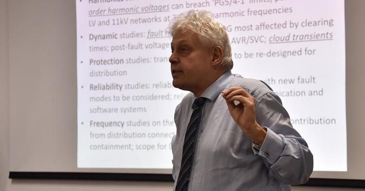 Profesores-investigadores de la Universidad de Manchester visitan el INEEL.