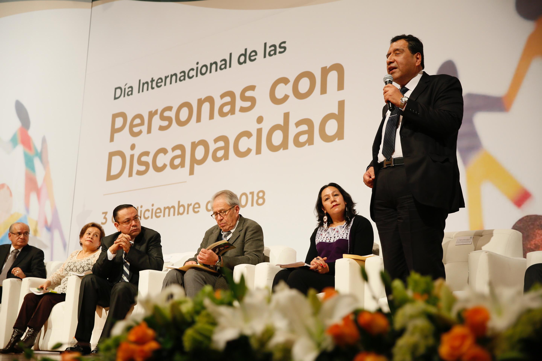 Sria. Luisa Albores González en el evento del Día Internacional de Personas con Discapacidad