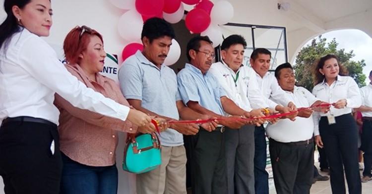 Telecomunicaciones de México atiende a los 11 municipios con los que cuenta el estado de Campeche, continuando con el plan de acercamiento a la inclusión financiera, bancaria y social a los habitantes del país.