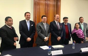 Marcos Bucio toma posesión Director General del INEA