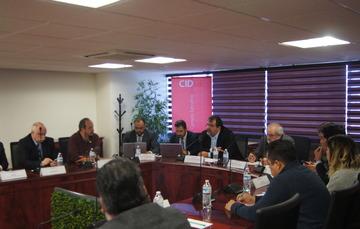En la foto el Titular de la Unidad de Gobierno Digital, David Pantoja y el Coordinador de la Estrategia Digital, Raymundo Arpis Espriú
