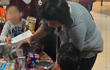 Funcionarios del SNDIF convivieron con niñas, niños y adolescentes en el Día de Reyes.