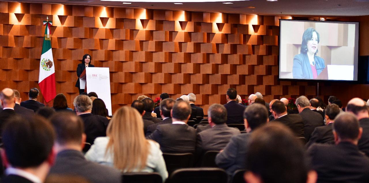 Llama Secretaria de la Función Pública a estrechar relación con el Servicio Exterior Mexicano para combatir la corrupción