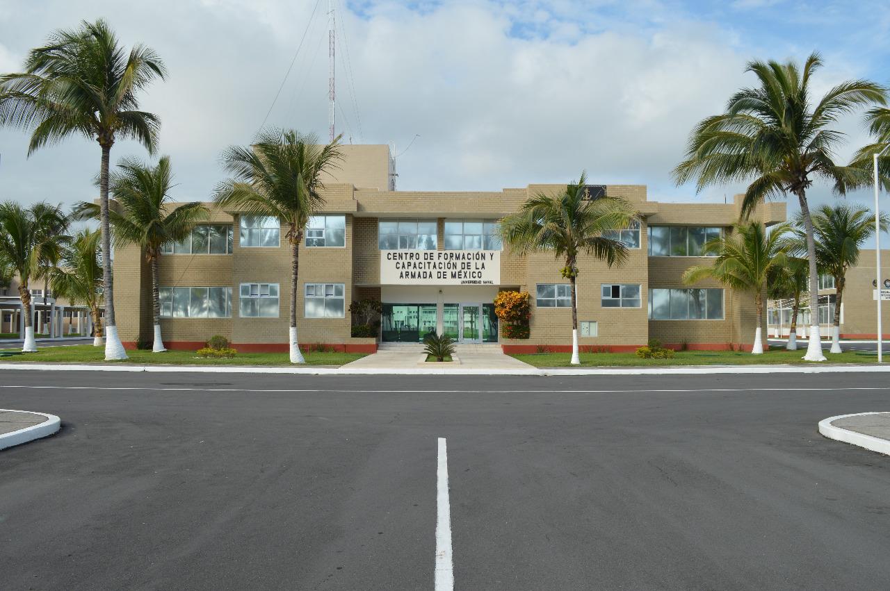 Técnico Profesional en Administración e Intendencia Naval