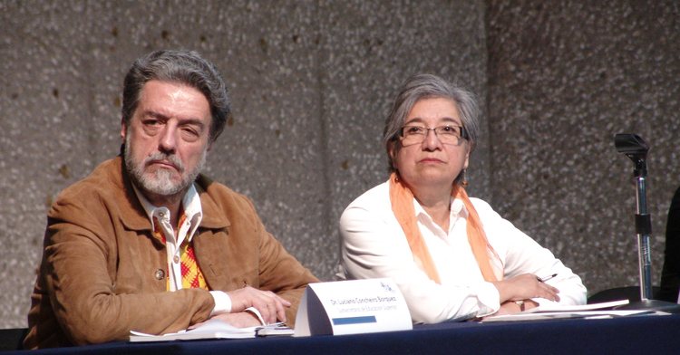 Francisco Luciano Concheiro Bórquez, subsecretario de Educación Superior y Rosa María Torres, rectora de la UPN.