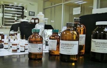 Programa de capacitación con enfoque en la metrología en química.