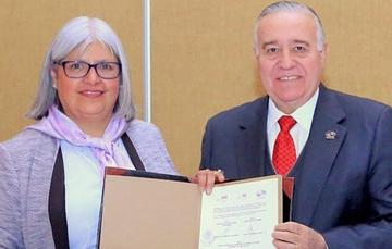 La Secretaria de Economia acompañada del Presidente, Don Valentín Díez Morodo de el Consejo Empresarial Mexicano de Comercio Exterior, Inversión y Tecnología (COMCE)