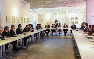 Del 28 al 29 de enero del presente, se llevó a cabo la primera Reunión Nacional 2019 de IMDERAC, encabezada por Luis Mariano Cortés Salazar, Presidente del INDAABIN y de Carmen Presuel Canepa, Titular del IMDERAC.
