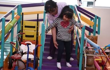 El SNDIF atiende a personas con discapacidad.