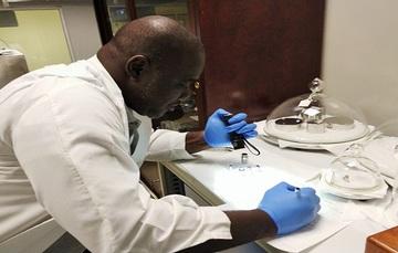 Frederick King, proveniente del Instituto Nacional de Metrología de Trinidad y Tobago