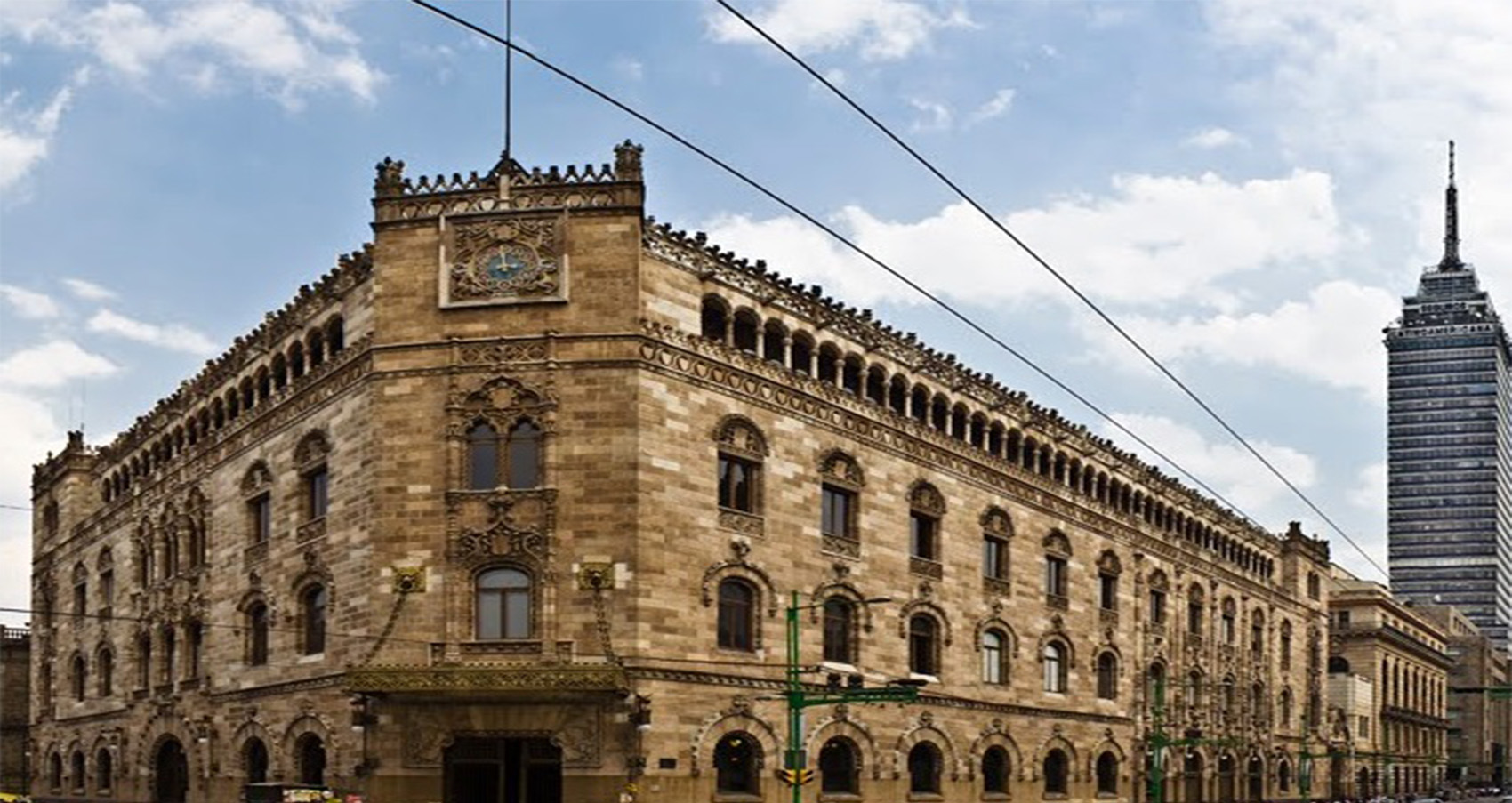 112 aniversario del Palacio Postal