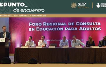 Esteban Moctezuma clausuró el Foro Regional