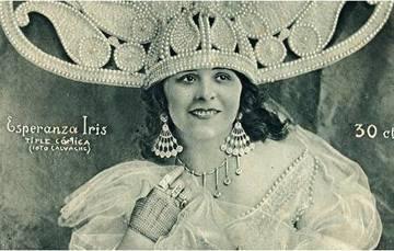 Esperanza Iris.