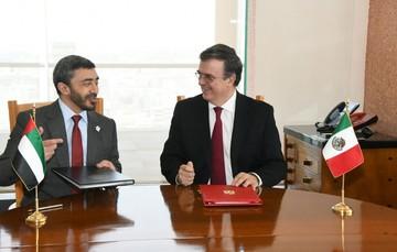 El secretario de Relaciones Exteriores, Marcelo Ebrard con el ministro de Asuntos Exteriores y Cooperación Internacional de los Emiratos Árabes Unidos, jeque Abdullah Bin Zayed Al Nahyan