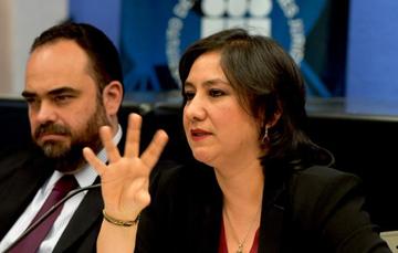 """Función Pública anuncia convenio de colaboración en visita al Seminario """"Agenda de Deliberación"""" del Instituto de Investigaciones Jurídicas"""