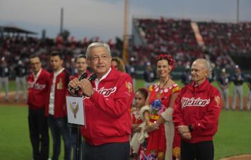 Presidente, Andrés Manuel López Obrador, durante la Inauguración del estadio de los Diablos Rojos del México, Alfredo Harp Helú