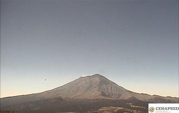 En las últimas 24 horas, por medio de los sistemas de monitoreo del volcán Popocatépetl, se identificaron 90 exhalaciones. Adicionalmente se registró un evento volcanotectónico  y 36 minutos de tremor.