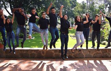 Alumnos de brillante trayectoria académica y con aptitudes para emprender una carrera como investigadores.