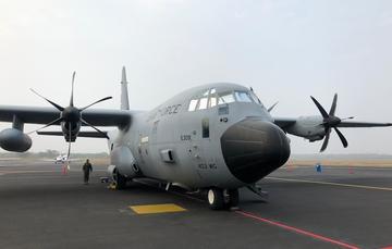 Imagen de un avión estacionado en el aeropuerto de Veracruz.