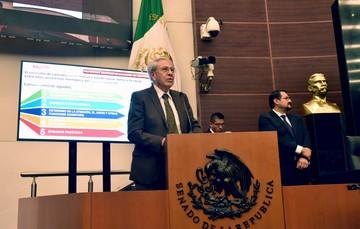 Secretario de Salud, Jorge Alcocer Varela.