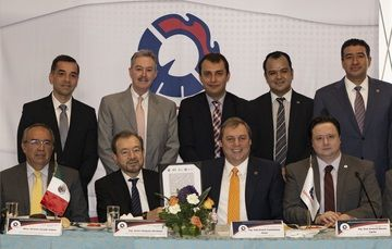 Acuerdo de colaboración institucional para impulsar el desarrollo de las empresas de México.