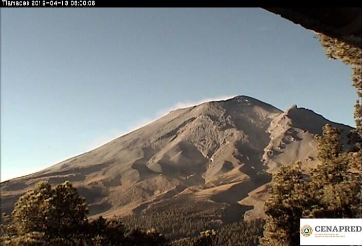 En las últimas 24 horas, por medio de los sistemas de monitoreo del volcán Popocatépetl, se identificaron 19 exhalaciones y 308 minutos de tremor.