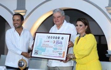 En el marco de los festejos por los500 años de la Fundación de la Villa Rica de la Vera Cruz, laLotería Nacional para la Asistencia Pública (LOTENAL)dedicósuSorteo Mayor No. 3709a esta histórica conmemoración
