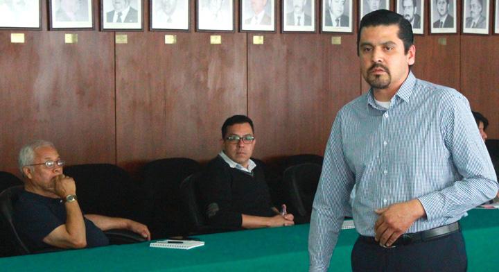 Ricardo Fuentes Juárez, Asesor Laboral del CONAMPROS