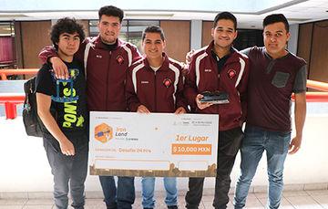 Los ganadores obtuvieron una beca para participar en el International Air & Space Program.