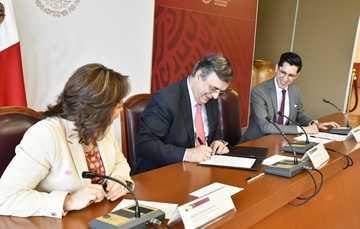 La Secretaría de Relaciones Exteriores moderniza sus procedimientos consulares en favor de la comunidad LGBTTTIQ