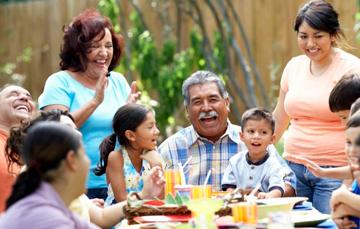 Aprovecha el mes de la Familia para conocer tus raíces.
