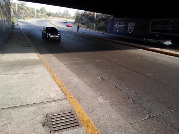 Obras para desalojo de agua en bajo puentes
