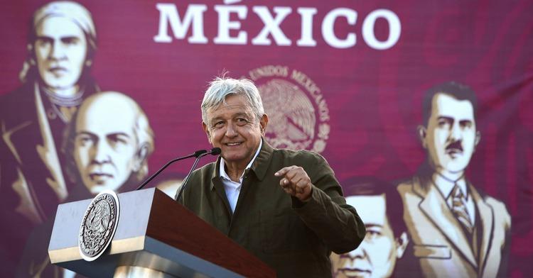 Acto en Defensa de la Dignidad de México y por  la Amistad con el Pueblo de Estados Unidos
