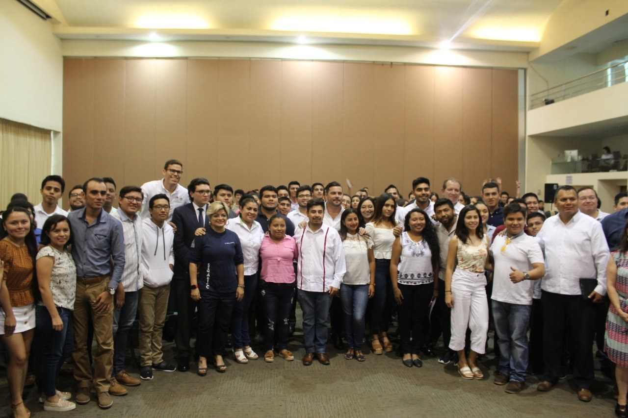 Foros República Joven en Campeche
