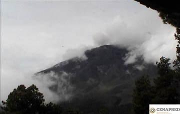 En las últimas 24 horas por medio de los sistemas de monitoreo del volcán Popocatépetl se identificaron 150 exhalaciones, acompañadas de vapor de agua, gas y bajas cantidades de ceniza. Además, se registró una explosión moderada hoy a las 03:19 h.