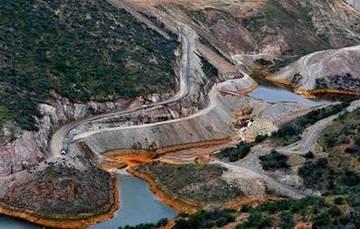 Desastre ambiental por un derrame minero