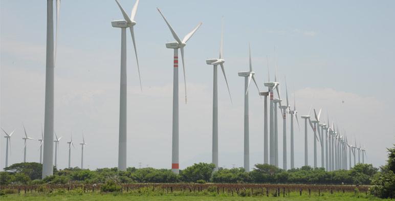 Granjas eólicas, caso de estudio de la herramienta para predicción de la velocidad del viento.