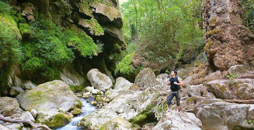 Senderismo (Treeking) junto al Río Jalpan, Querétaro.