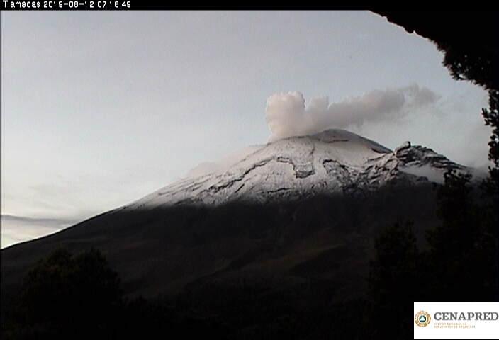 En las últimas 24 horas por medio de los sistemas de monitoreo del volcán Popocatépetl se identificaron 151 exhalaciones, acompañadas de vapor de agua, gas y bajas cantidades de ceniza.