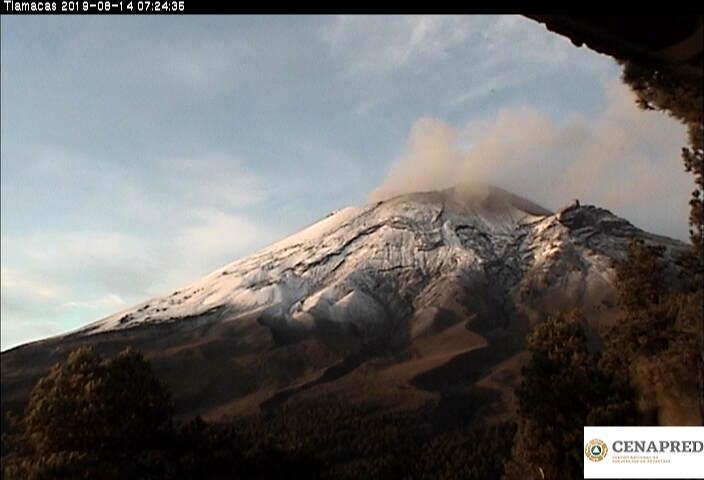 En las últimas 24 horas por medio de los sistemas de monitoreo del volcán Popocatépetl se identificaron 160 exhalaciones, 548 minutos de tremor y 16 explosiones.
