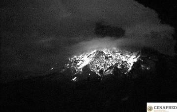 En las últimas 24 horas por medio de los sistemas de monitoreo del volcán Popocatépetl se identificaron 162 exhalaciones, 13 explosiones y 711 minutos de tremor.