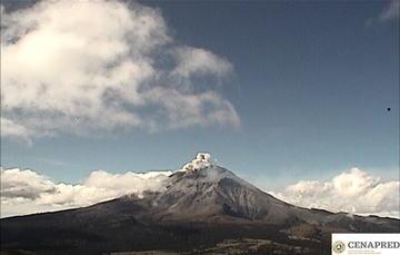 En las últimas 24 horas por medio de los sistemas de monitoreo del volcán Popocatépetl se identificaron 166 exhalaciones, acompañadas de vapor de agua, gas y bajas cantidades de ceniza.