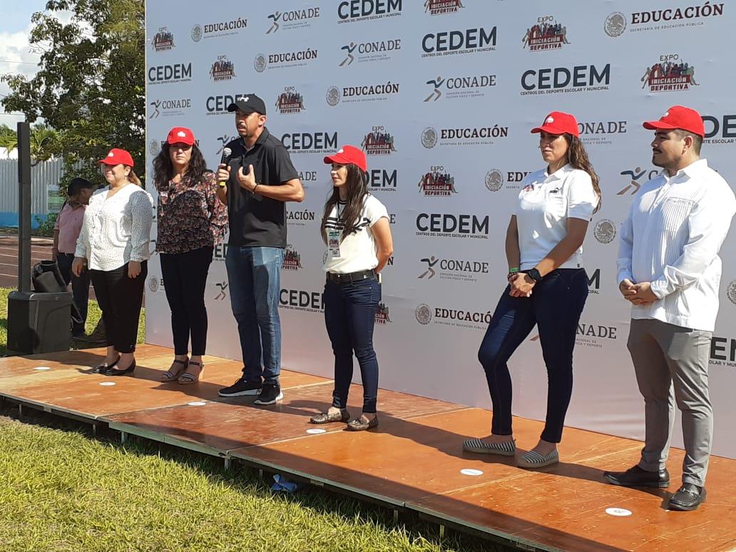 El subdirector de cultura física de la CONADE, Oscar Juanz Roussell, encabezó el evento que se realizó en Chetumal.
